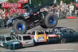Two dead in monster truck accident at Dutch stunt show