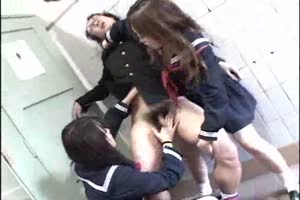 Japanese schoolgirls rape a man